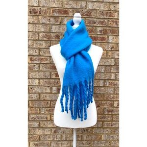 NWT Topshop Blue Heavy Brushed Oversized Scarf